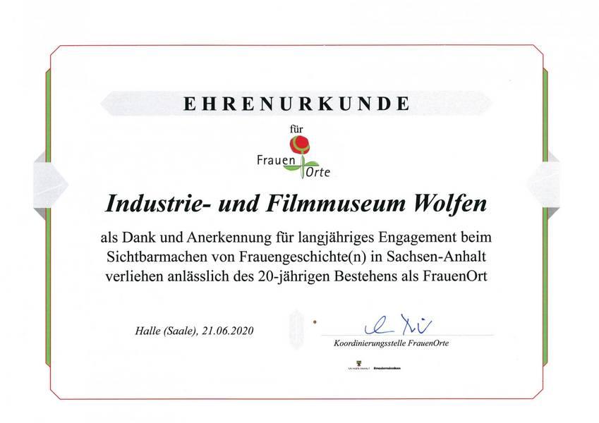 Die Ehrenurkunde © Industrie- und Filmmuseum Wolfen