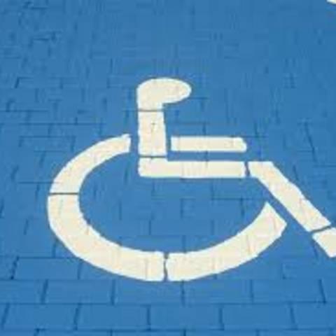 Parkausweise Schwerbehinderung © pixabay